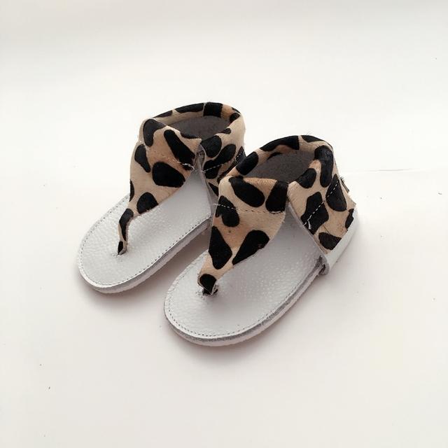 Hecho a mano de Leopardo y Negro Bebé Primeros Caminante Zapato de Bebé De Cuero Genuino