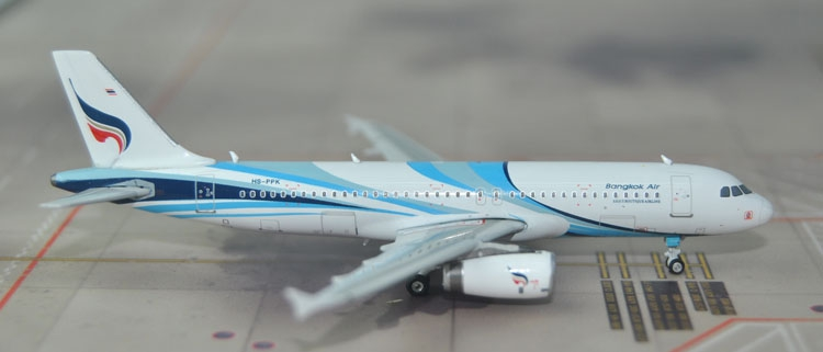 New products Phoenix 1: 400 11312 Bangkok Airways A320 HS-PPK Collection model