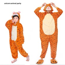 New Animal pajamas Winter Anime Pajamas Adult Flannel Lovely Tiger Pyjamas Sleepsuit sleepwear Onesie Kigurums