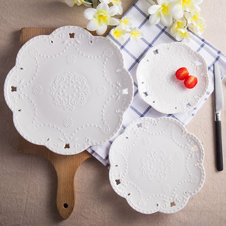 1 PCS lace plate of ceramic tableware Western food steak plate embossed cake plate for breakfast