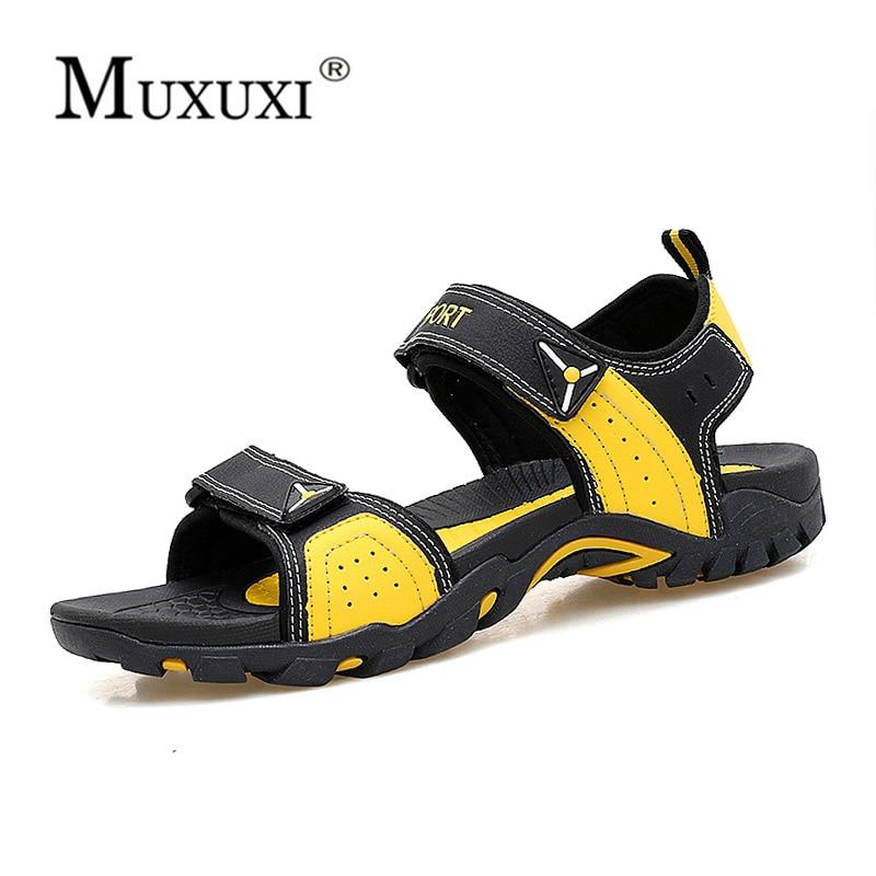Sandalias de los hombres zapatillas de cuero genuino de cuero de vaca zapatos masculinos de verano al aire libre de cuero de gamuza amantes de la playa sandalias