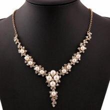 13444f5bde66 Match-Right simulado perla cristal Collar babero declaración temperamento  Collar en forma de V mujeres collares y colgantes joye.