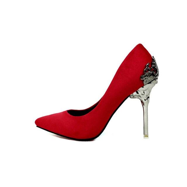 2017 nuovi Europei e Americani glassato scarpe sposa rosso ha i tacchi alti metallo cava scarpe di camoscio
