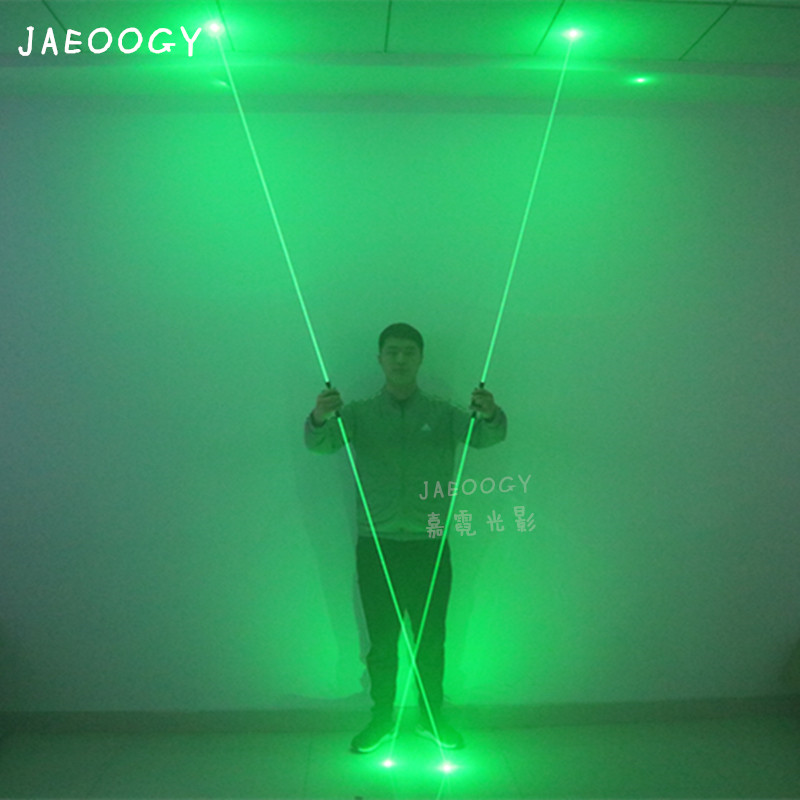 O Envio gratuito de Alta Qualidade Espada de Laser Grande Palco Show de Mágica Adereços Halloween Fluorescente Pé Show de Laser de Iluminação