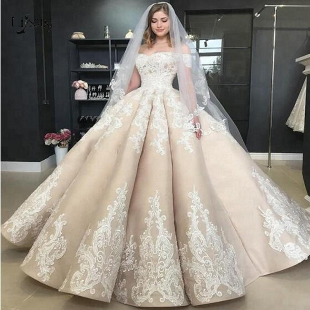 Gorgeous Budai Bridal Dresses Puffy Lace Ball Gowns