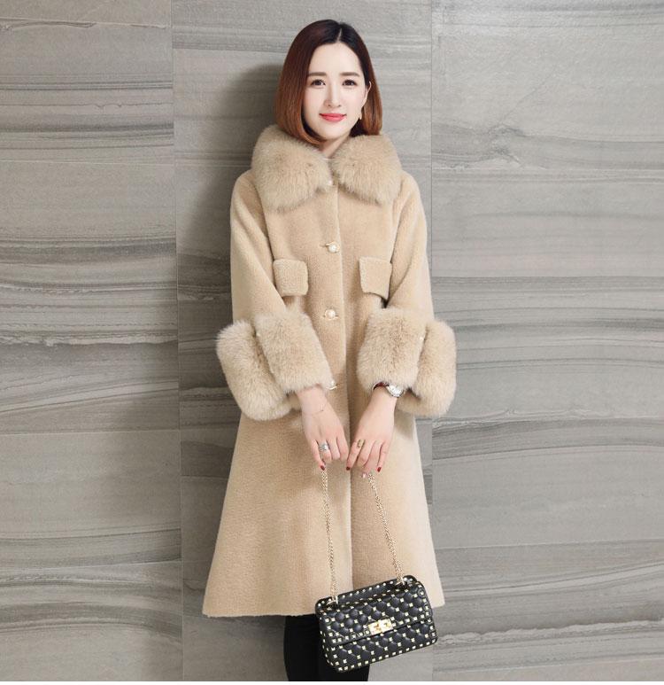 women natural sheep fur coat with real fox fur collar (13)