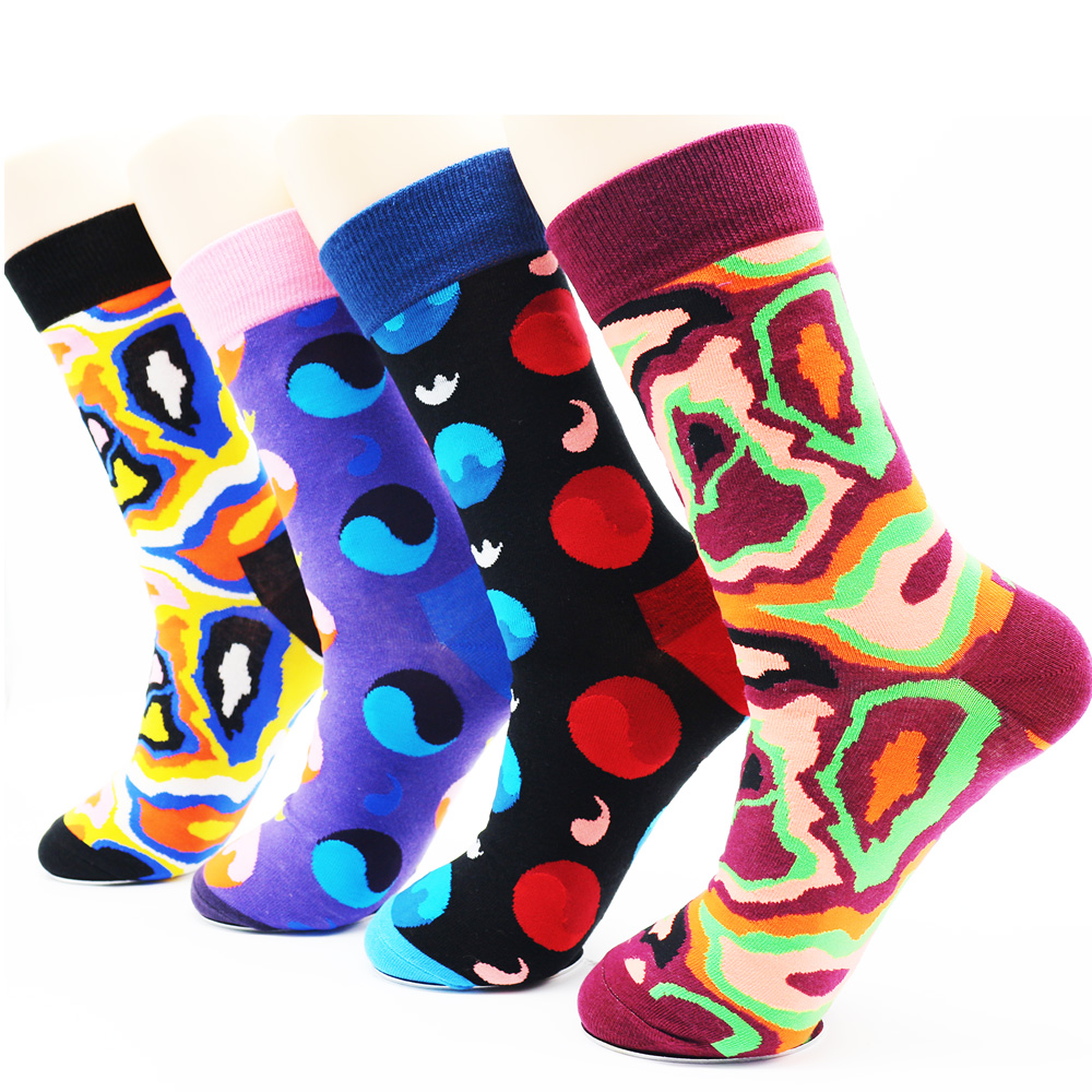 New design harajuku novelty coloured socks men Fashion high quality long fashion cotton mens casual socks (4 pairs)