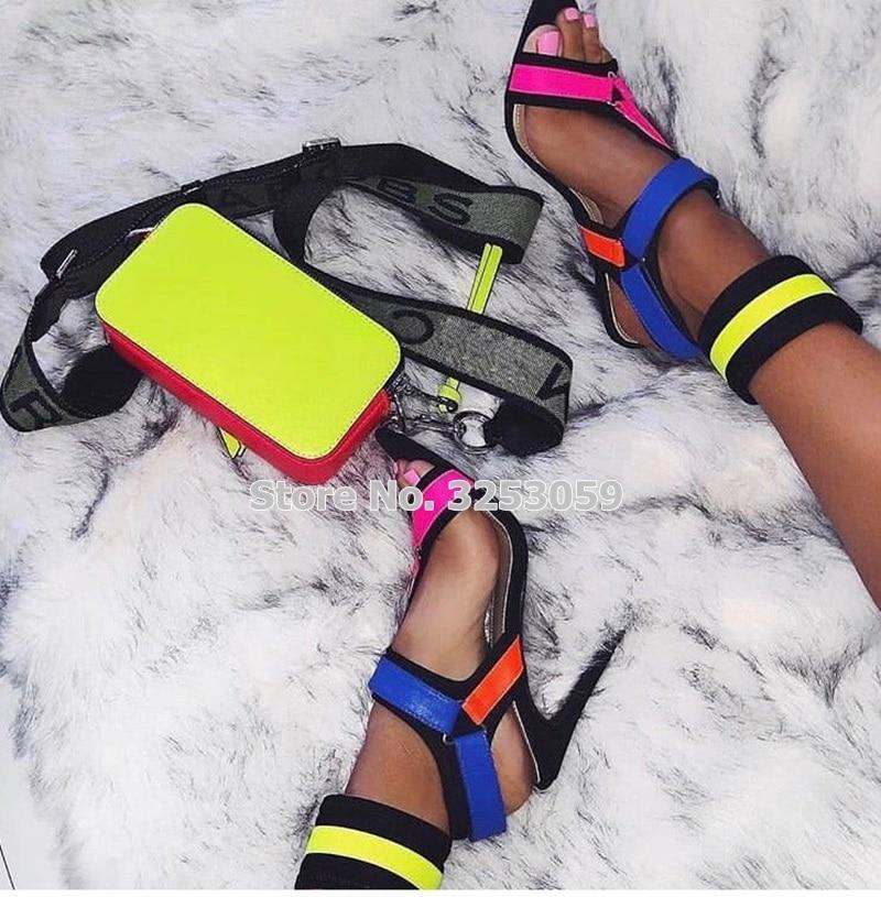 ALMUDENA nouvelle conception multi couleur mince à talons hauts sandales en métal décoration boucle sangle chaussures Cross Strappy pompes de mariage - 5