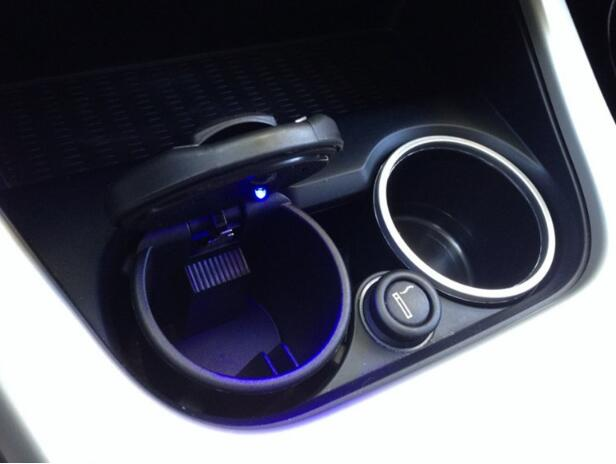 100% Quality New Style Car Styling Portable Led Car Ashtray With For Fiat 500 Tesla Scion Bugatti Mercury Smart Lotus Suzuki Grand Vitara Mild And Mellow