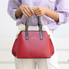 Vintage Female Handbags Designer Women Shell Bags High Quality Oil Wax Leather Ladies Shoulder Crossbody Bag Casual Medium Totes