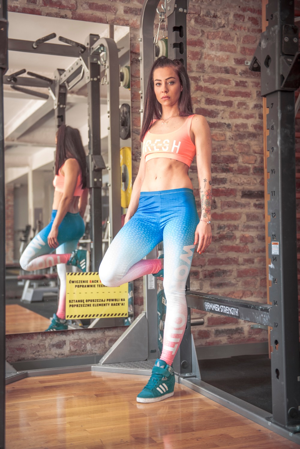 44834-work-out-ombre-blue-and-pink-11
