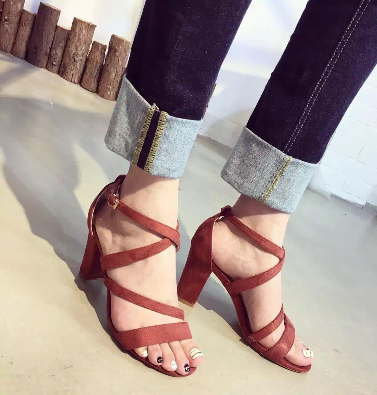 ФОТО 2016 Women's Thick High Heel Sandals 8cm Chaussure Escarpin Femme Talon Sapatos De Salto Alto Vermelho