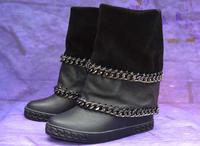 Новые модные черные гладкой кожи Дамские ботинки до середины икры с круглым носком двойной цепи обода дамы увеличился пятки сапоги замшевы