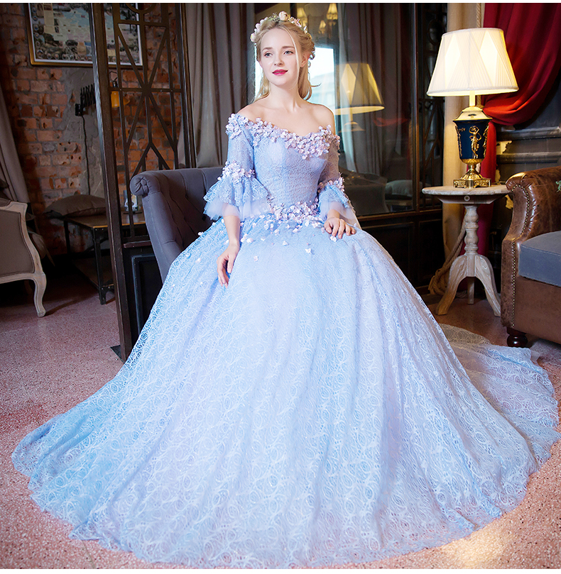 Queen Size Taille 100%real Light Blue Lace Flower Slash Collar Court Ball