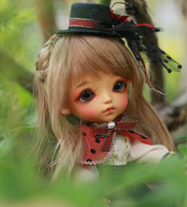 Free shipping 1 8 bjd doll G yuri