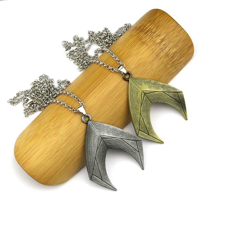 DC Justice League Necklace 2 colour Comics Superhero Aquaman Charm Pendant Men Women Gift Movie Jewelry Accessories Gift