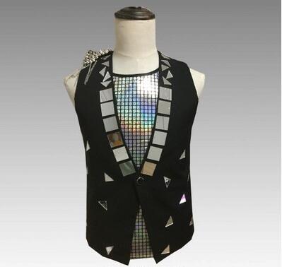 Steampunk Men's Black Sleeveless V-Neck Handsome formal vest with metal decoration