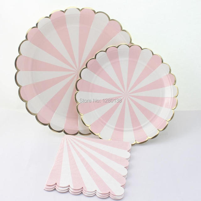 Scallop Design Party TablewarePastel Pink Striped with Metallic Gold Edge Paper PlatesPrincess & Scallop Design Party TablewarePastel Pink Striped with Metallic ...