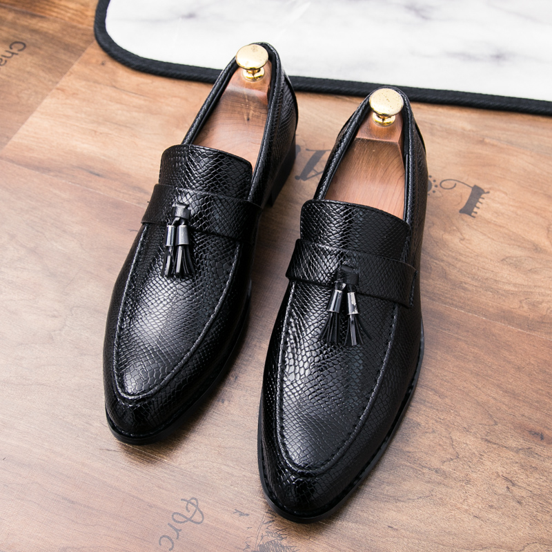 898aa80403 Ectic Tassel Microfiber Casual Dress Shoes Fashion Wedding Dating Work  Flats Part Faux Crocodile Upper Formal Loafers Dropship-in Formal Shoes  from ...