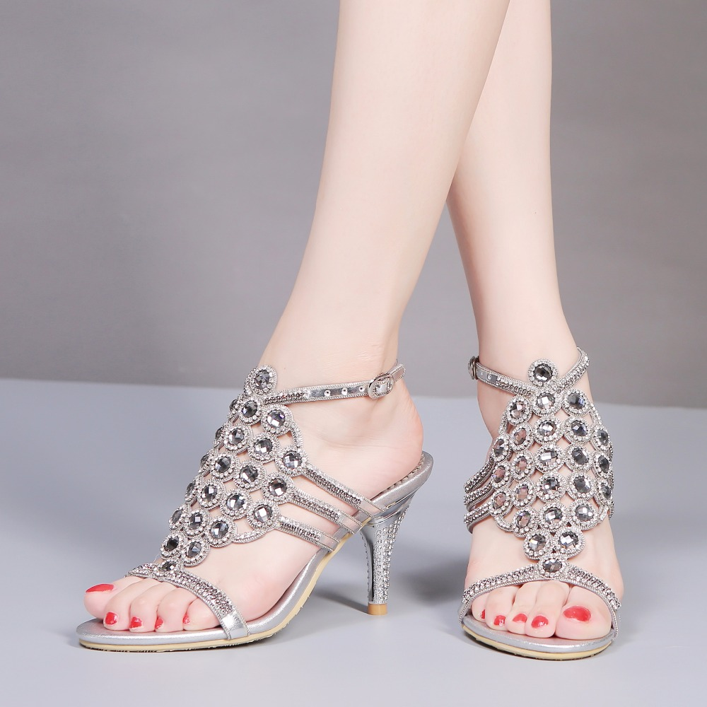 2017 Summer Elegance Sexy Girl Hollow Out Rhinestone Narrow Band High Heels Women Crystal Sandals Peep Toe Woman Wedding Shoes