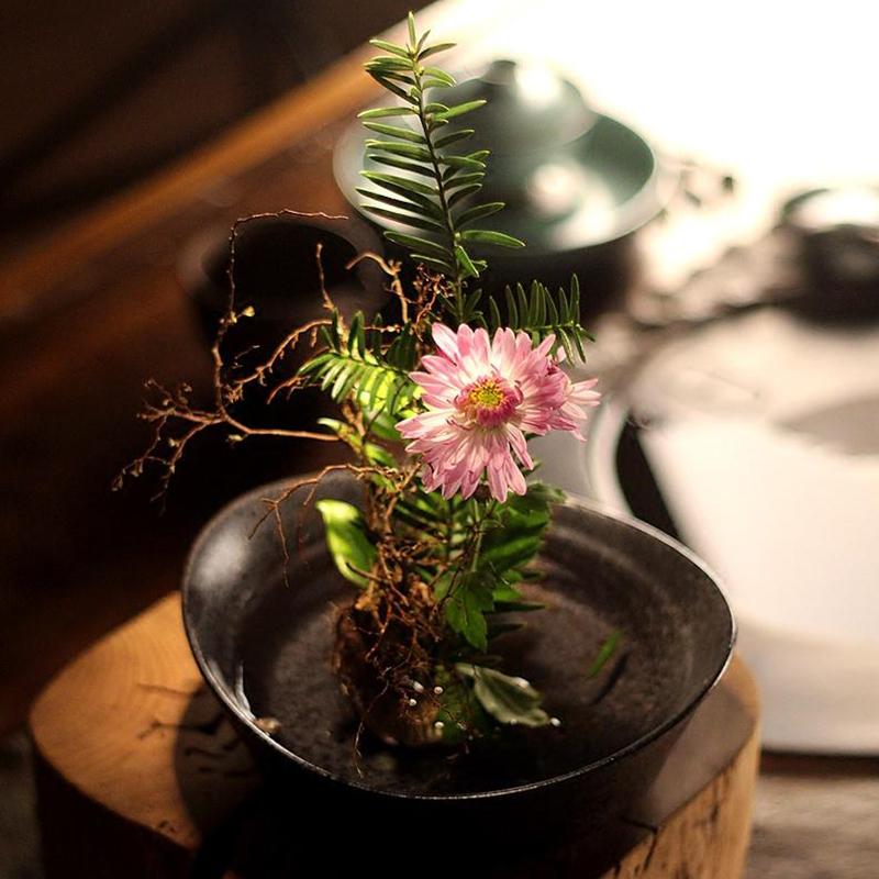 Japanese Zen Style Vintage Coarse Pottery Elegant Vase Ikebana Creative Home Decor Tabletop Hydroponic Flower Pot Ingots Plate
