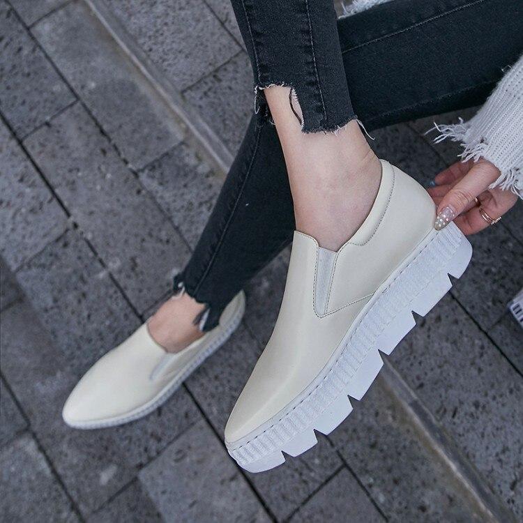forme {zorssar} Nouveau Bout Chaussures En Casual Pointu noir Femmes Cuir Beige Sneakers Mocassins Femme Plate Appartements 2018 Véritable 0Wr1qn0wf