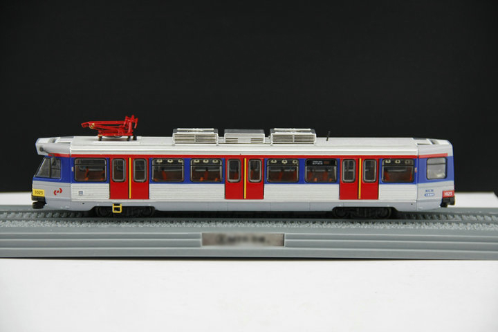 rare 1:87 Hong Kong Metro 80M MTR Railway Train Light Rail Model of Alloy Train Collection model