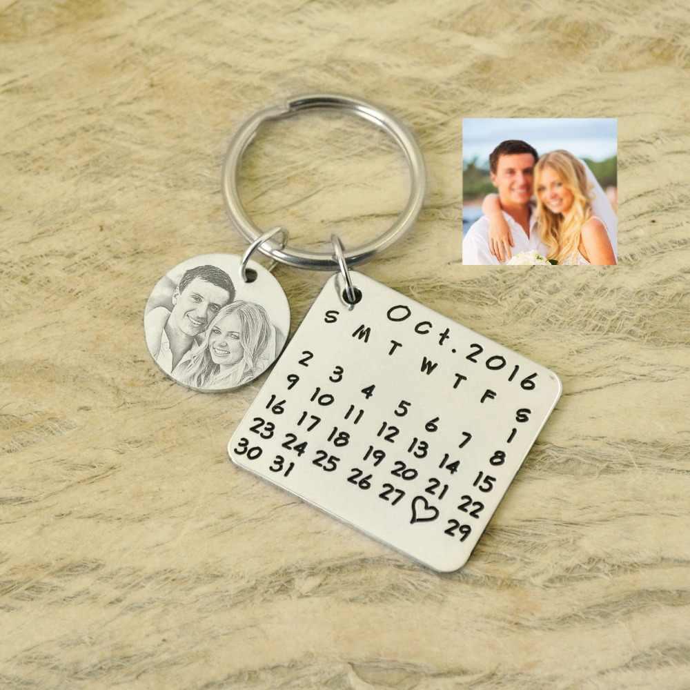 Calendário personalizado corrente chave-salvar data especial-keychain da liga chaveiro coração Aniversário selo de mão Presente de aniversário de casamento