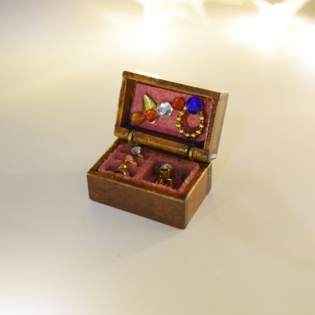 Wood 112 Miniature Dollhouse Jewelry Box Kit Play Doll House