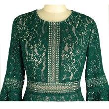 فستان ميدي أخضر من الدانتيل