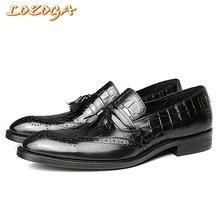Nuevos Zapatos Para Hombre de Estilo Italiano Zapatos Brogues Zapatos de Cuero Genuino Hombres de Lujo Hecho A Mano Tallada En Punta Mocasines de Borla de La Manera