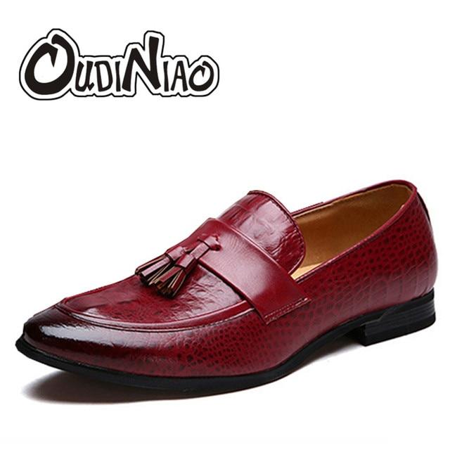 Western Style Red Patent Slip en cuir sur Chaussures Hommes Fashion Flat Mocassins Oxford Printemps Automne pour hommes Taille Plus PtAxi