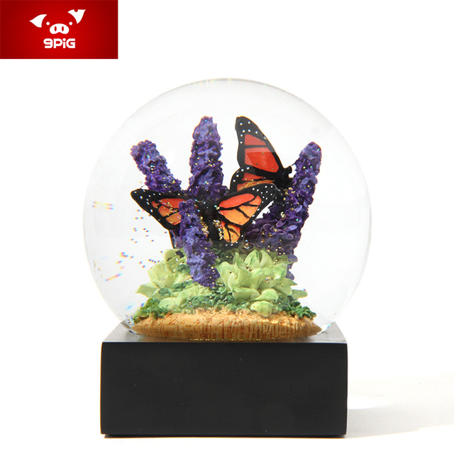 Kowloon Hong Kong Pig Butterflies Snowflake Crystal Ball Creative Birthday Gift To Send His Girlfriend Valentines Day Wed