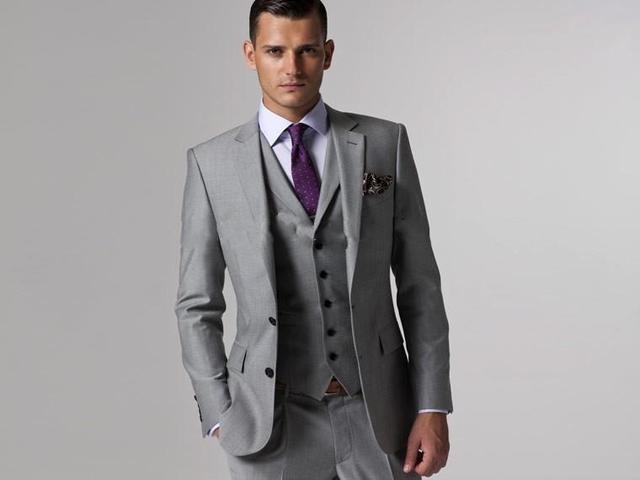 ( Jacket + Pants + Tie + colete ) Custom Made Slim Fit noivo smoking Light Grey Side Slit Best Man ternos noivo de casamento dos noivos