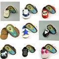 La moda de Cuero Genuino Bebé Recién Nacido Niño Niños Primeros Caminante Zapatos Niño Mocasines Moccs Zapatos Con Suela de Goma Al Aire Libre Duro