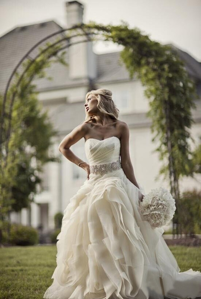 Mariage western robe for Robes de mariage en plein air