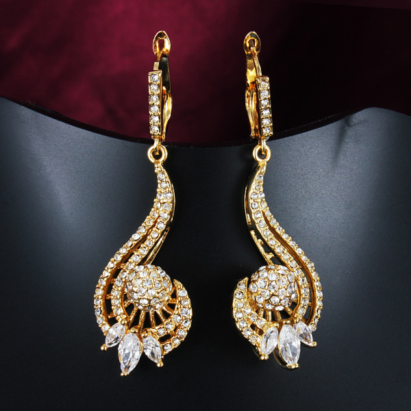 Crystal Gold Earrings For Women The Beautiful Melody Lines Long Drop Earring Jewelry Wedding Accessories