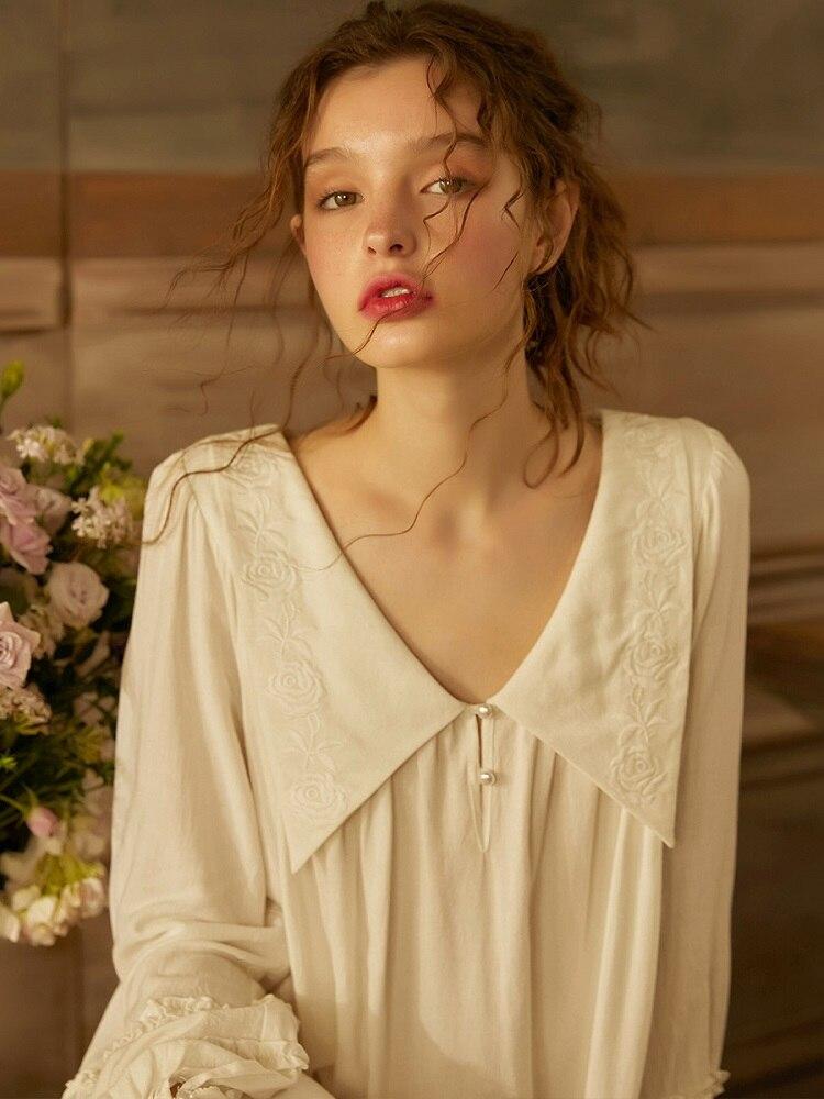 Spring Summer White Cotton Embroidery Sleepwear Long Sleeve Elegant Female Royal Princess Long Nightgowns Loose Plus Nightdress