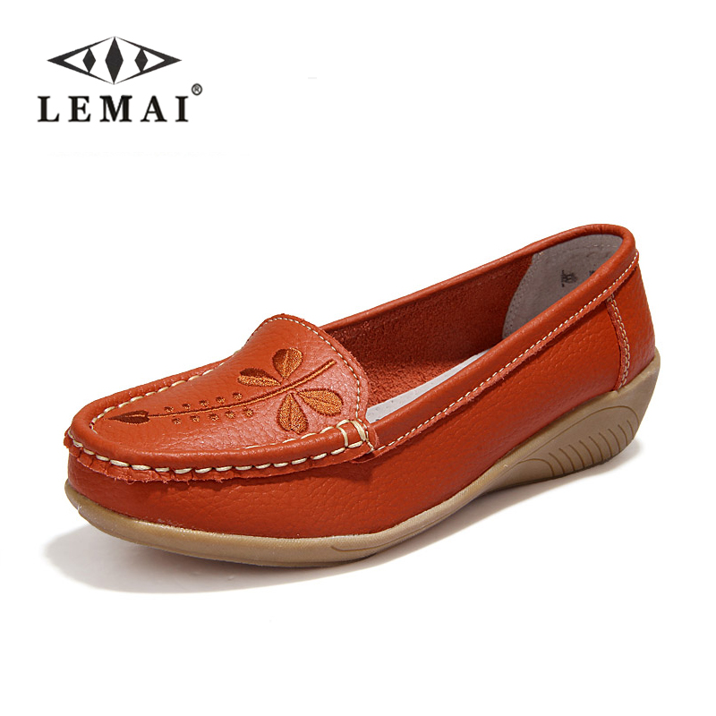 2017 Women Flats Genuine Leather Mother Shoes Moccasins Women s Soft Leisure Female Driving Shoe Flat