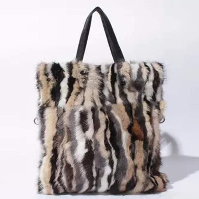 2018 New Arrival Real Fur Bags Mink Fur Women Luxury Messenger Fox Fur bag  for Female 914d91908e77a