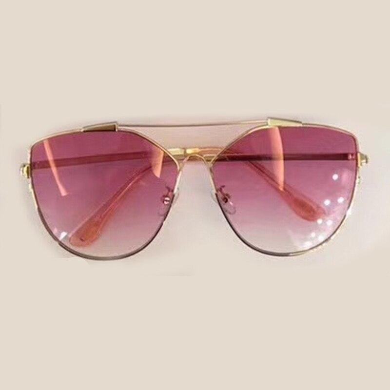 Neue Art Und Weise Heiße Sonnenbrille Frauen mit Verpackung Box ... d37c925295
