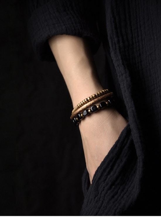2019-New-Cubic-Black-Obsidian-Multi-row-Bracelet-With-Antique-Finish-Copper-Accessories-Men-Women-Couple-Jewelry-Punk-Street (16)