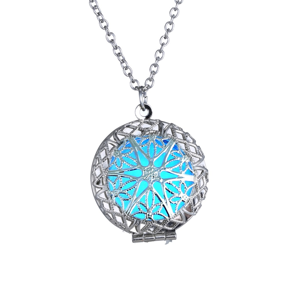 Hot Sale Unisex Lucky Fairy Round Magic Locket Glow In The Dark Pendant Glowing Necklace For Women Elegant Gift Jewelry