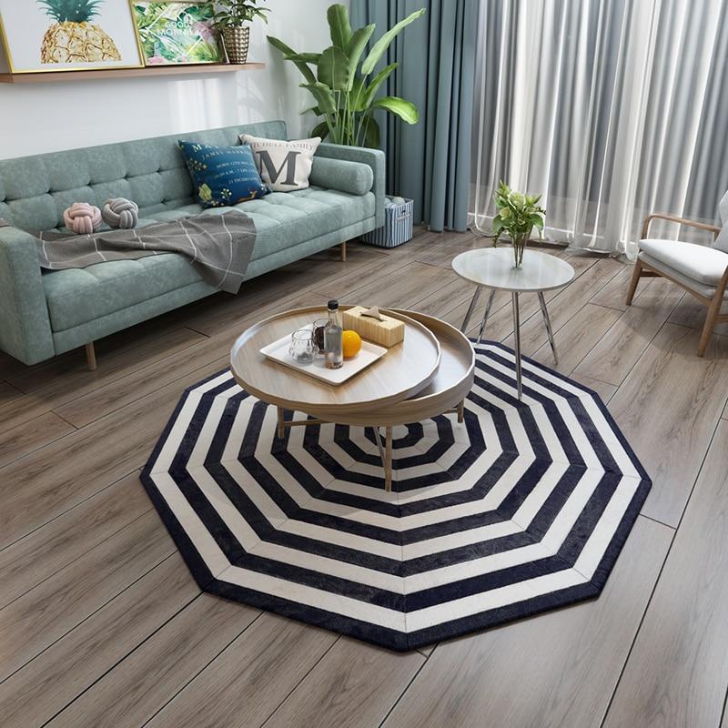 Tapis patchwork en peau de vache naturelle de forme ronde couleur blanche et noire tapis en fourrure véritable pour décoration de chambre tapis de chaise de bureau