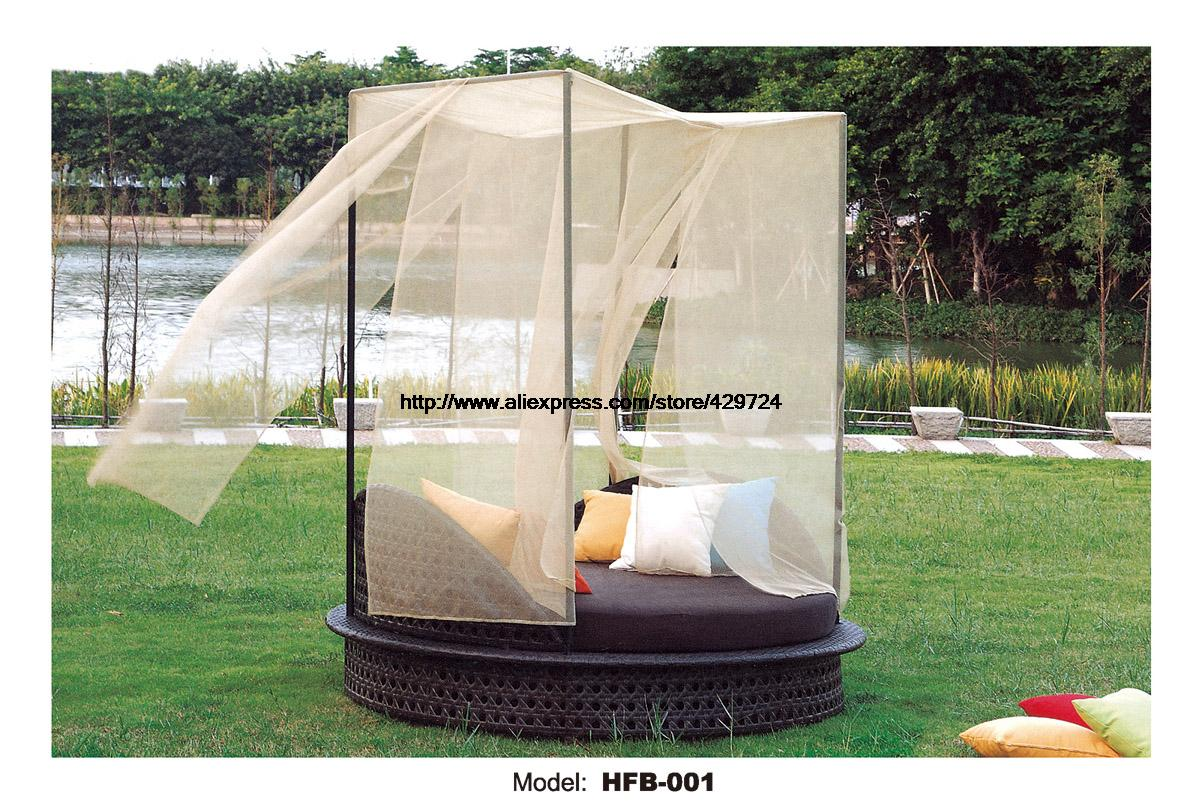 canopy daybed outdoor wicker sun sofa lounge crate and barrel leather holiday beach bed round rattan terrace lying