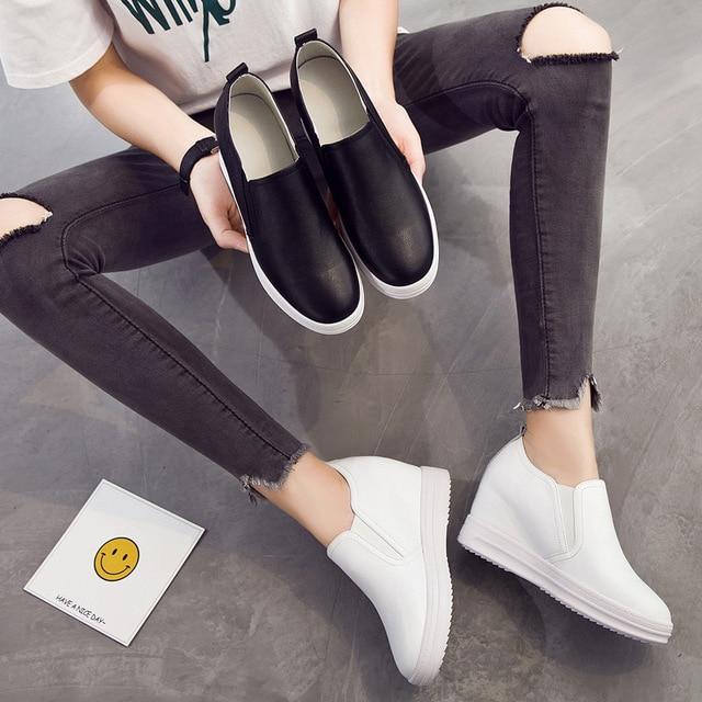 Chaussures femme cuir marche chaussures augmenter Lok Fu chaussures pédale Muffin fond épais paresseux femmes chaussures voyage hauteur augmentant