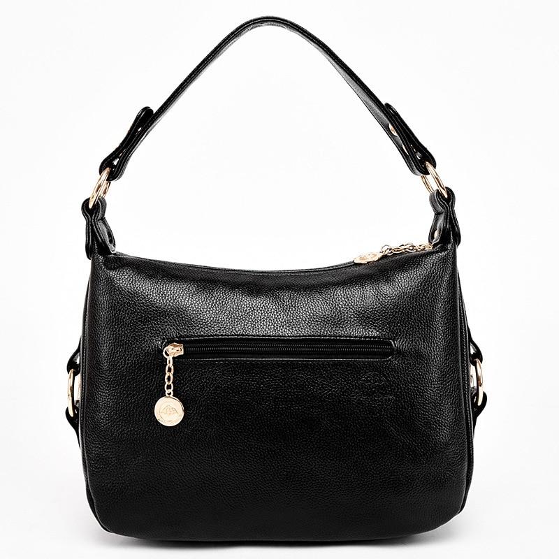 2019 spring new European and American retro style simple large capacity black female big bag shoulder