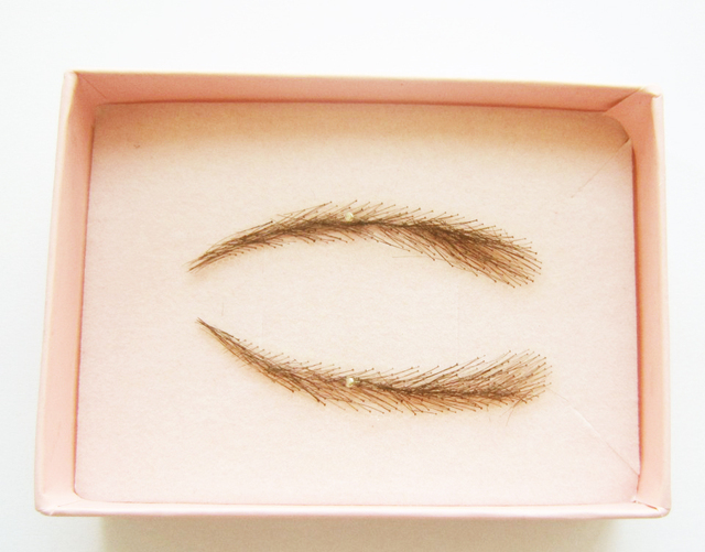 2018 Direct Selling Sobrancelha Eyeliner Stencil 1 Pair (2pcs) Color For Eyebrows / False With Light Eyebrow Top /adult Human 3