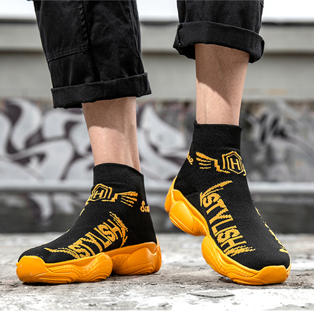 Women Men Vulcanize Shoes High Top Man Woman Sneakers Mesh Vamp Breathable Shoes Ankle Sock Flats Shoes Black Sapato Feminino