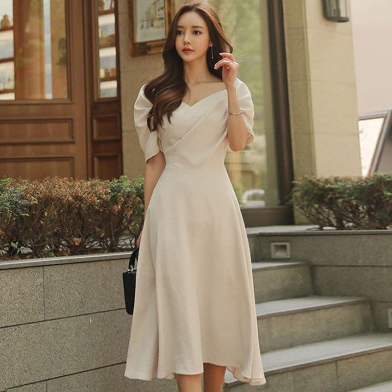 2018 Summer Short Puff Sleeve Princess Cloth V-Neck Mid-calf Swing Long Holiday Dress